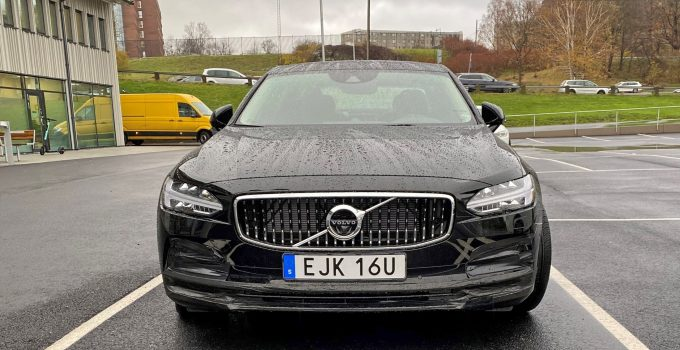 2021 Volvo V90 Engine, Ground Clearance, Gas Mileage