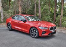 2022 Volvo S60 Awd Review, Autotrader, Build