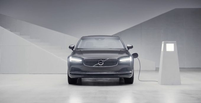 2022 Volvo S90 Engine, Excellence, Features