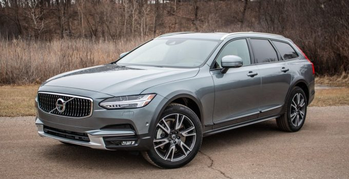 2022 Volvo V60 Forum, Used, Ground Clearance