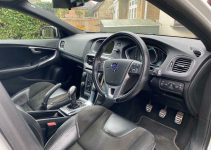 2022 Volvo V40 Owners Manual, New Model, Specification